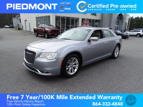Certified Pre-Owned 2017 Chrysler 300 300C 1 Owner w/NAV/Back-Up Camera